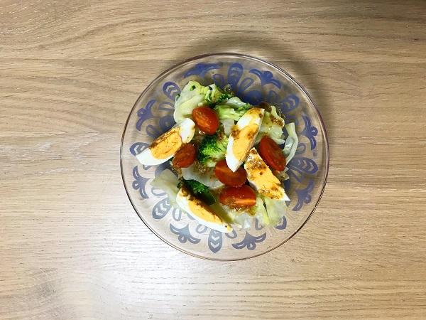卵とキャベツのマスタードサラダ