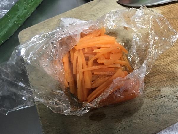 マカロニサラダの作り方