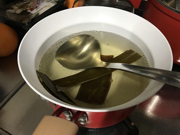 ほうれん草と舞茸のすまし汁の作り方