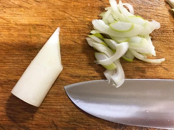 ごま油香る豚キムチの作り方