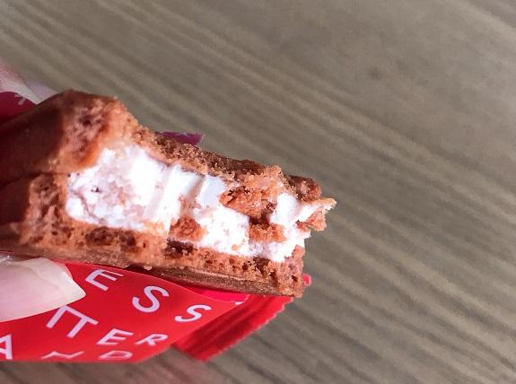 プレスバターサンド苺