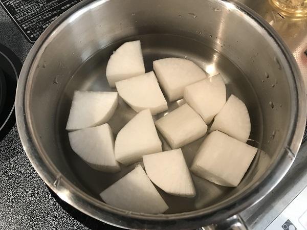 厚揚げと大根の煮物