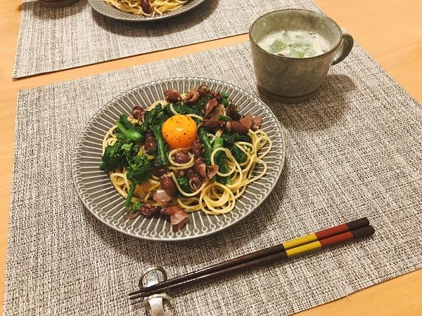 ホタルイカと菜の花の卵黄パスタ