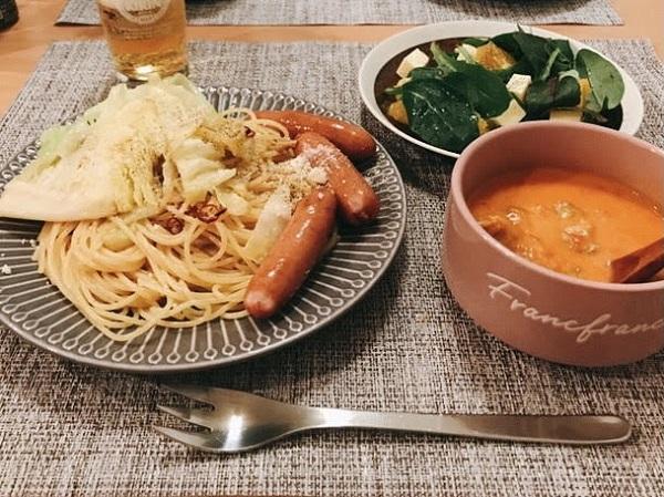 冬キャベツとソーセージのスパゲティ